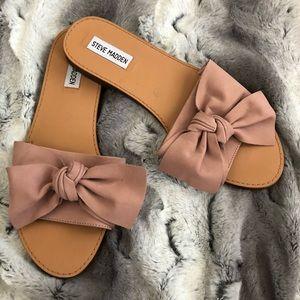 Steve Madden blush bow sandal slides